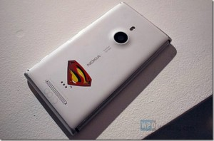 lumia_925_Superman_thumb.jpg