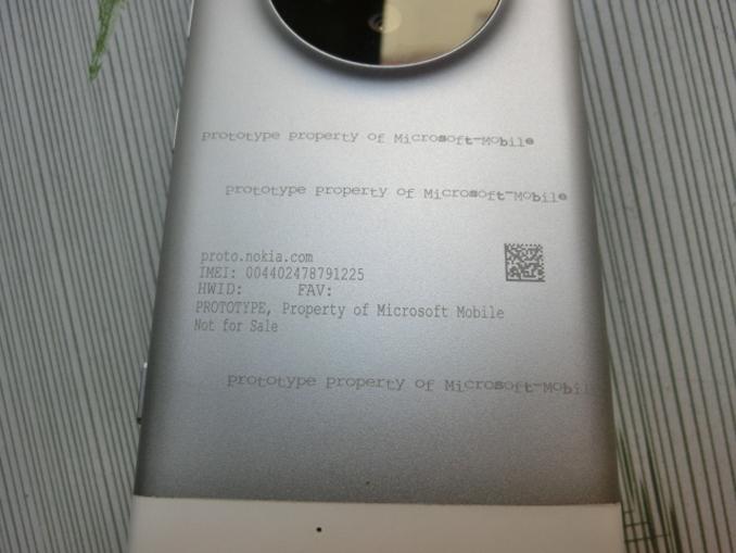 Prototype-Lumia-1052-06